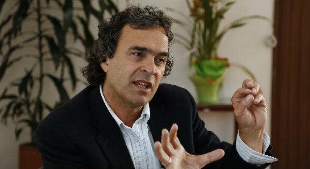SERGIO FAJARDO 02